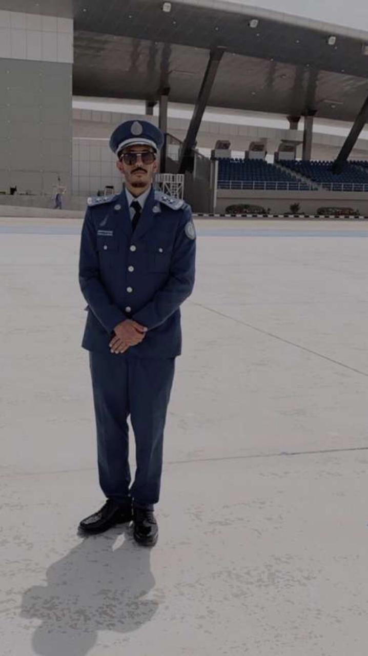 تخرج ياسر الصحفي من كلية الملك فيصل الجوية برتبة ملازم أول صحيفة غراس الالكترونية